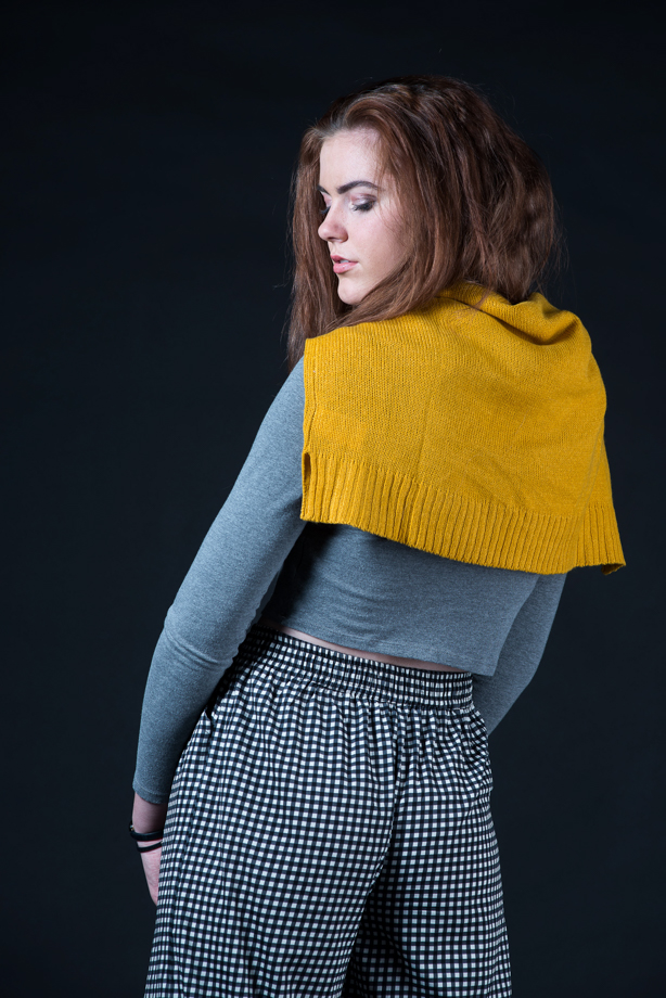 this outfit was shown in my most recent youtube video, autumn brights. it is a very unsaturated outfit with one very bold pop of mustard, a popular autumn hue. sweater : h&m shirt : h&m pants : zara